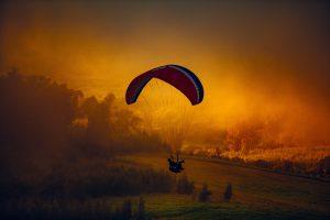 widok podczas skoku spadochronowego